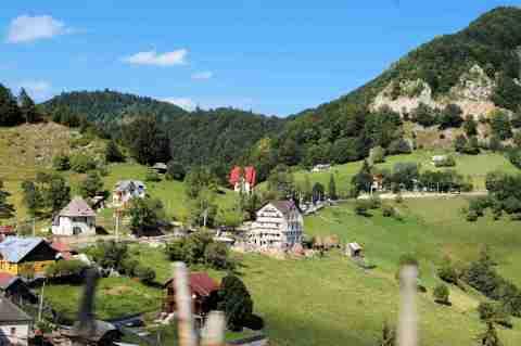 mountain-village-blg